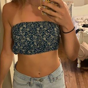 urban outfitters cropped bandeau top
